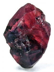 Rhodonite افسانه ها و فواید سنگ رودونیت