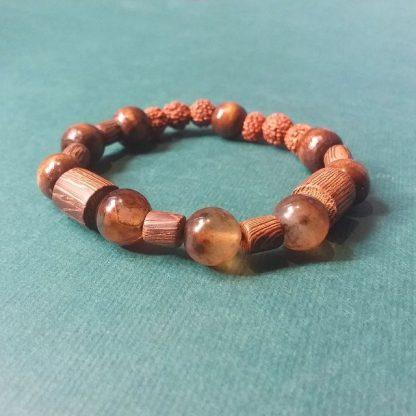 Code 048161 دستبند های سنگ عقیق سلیمانی چوب زیتون چشم ببر دانه رودراکشا