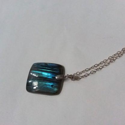 J02 خرید گردنبند سنگ لابرادوریت ماداگاسکار - Labradorite - Third Eye Chakra