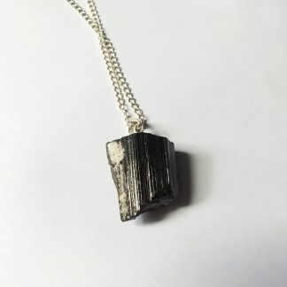 Code T11 راف سنگ تورمالین سیاه , آویز نقره ۹۲۵ عیار