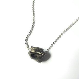 Code T12 راف سنگ تورمالین سیاه